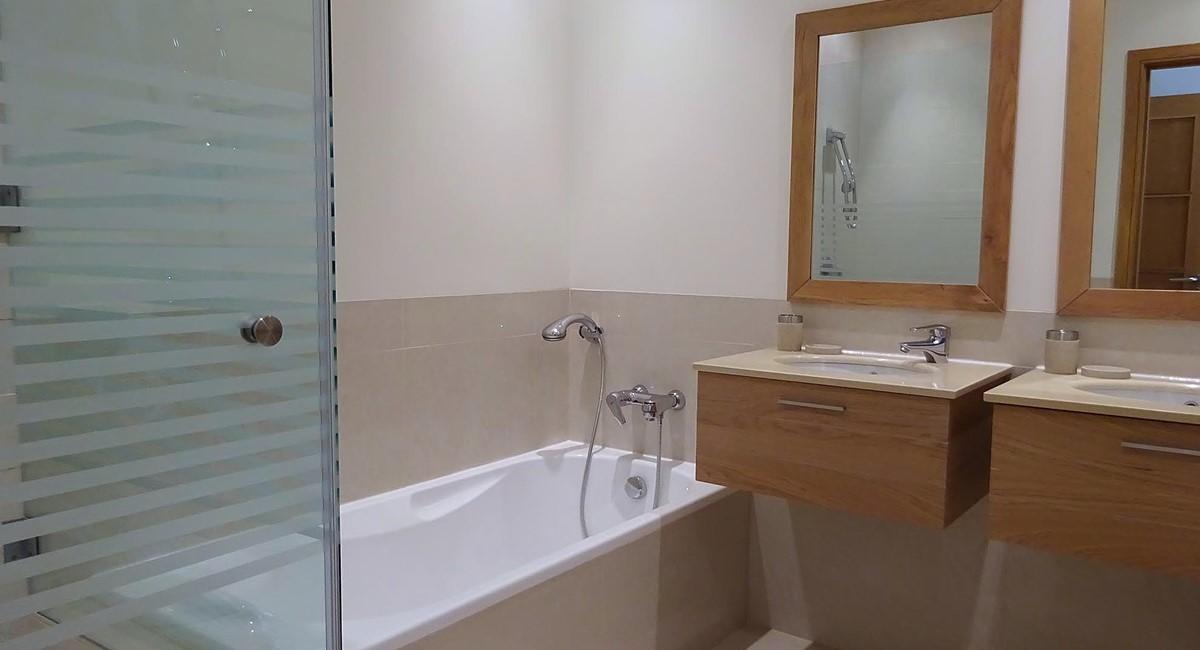 Palmyra Resort G14 Bathroom