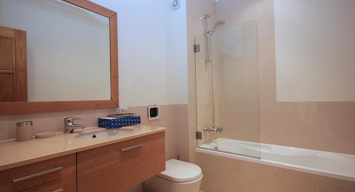 Palmyra Resort G14 Bathroom1