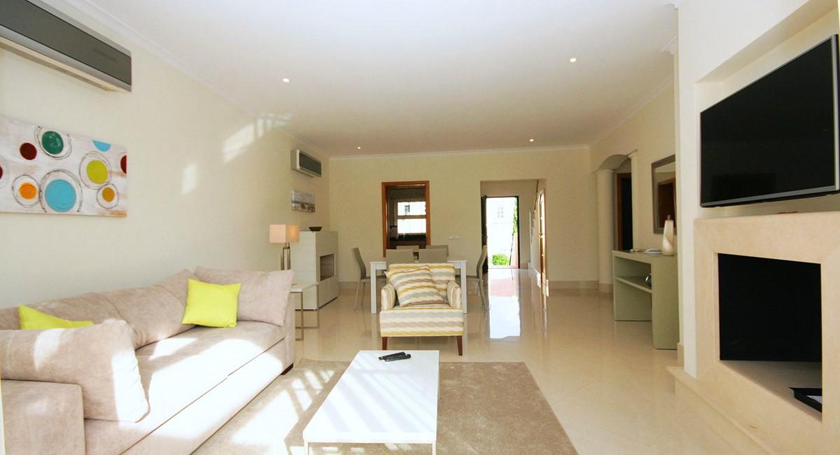 Palmyra Resort G14 Lounge Views